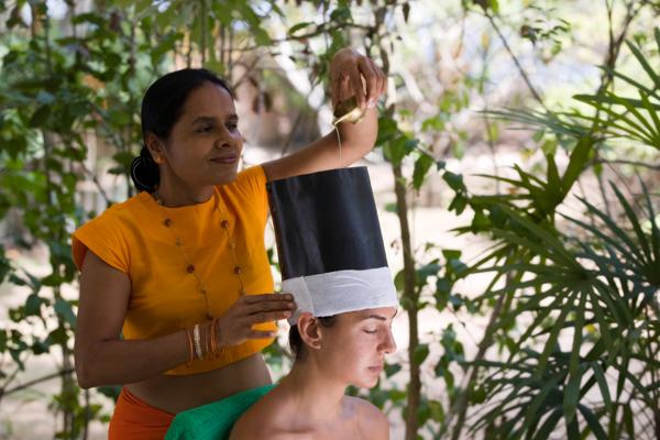 Ayurveda Behandlung im Surya Lanka