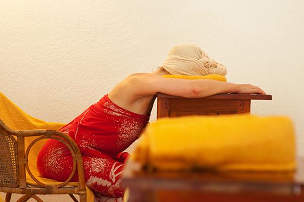 Inhalation Behandlung im Surya Lanka Ayurveda Kur Resort